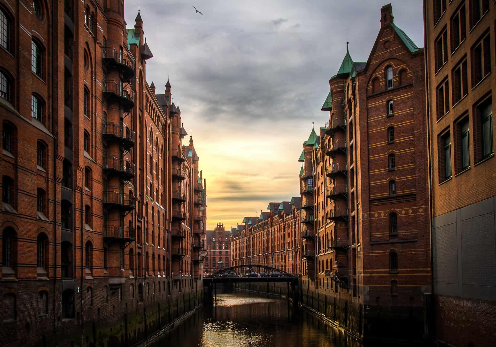Titelbild Kunst und Gemälde schätzen in Hamburg