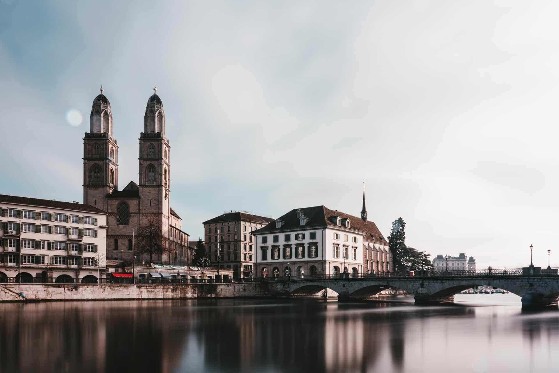 Titelbild Zürich - Kunst und Gemälde schätzen lassen