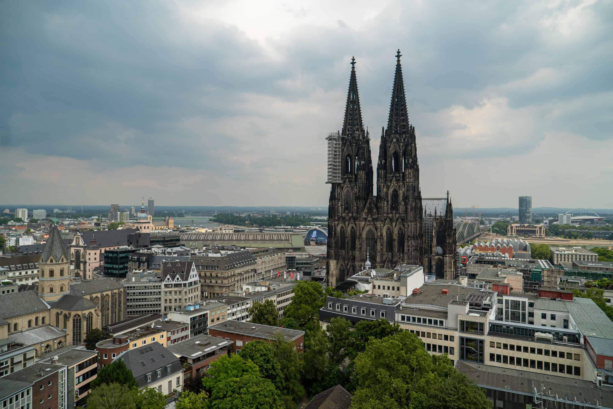 Gemälde schätzen in Köln und Düsseldorf - Ansicht Kölner Dom